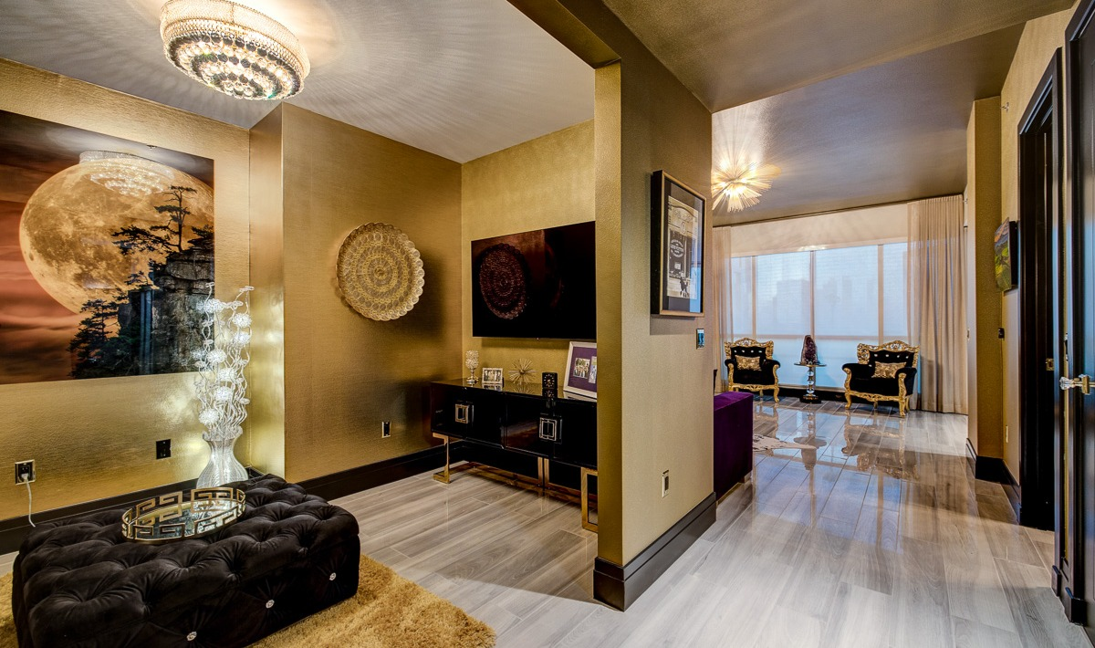 Unit 1407 Panorama Towers | Entry Way & Den