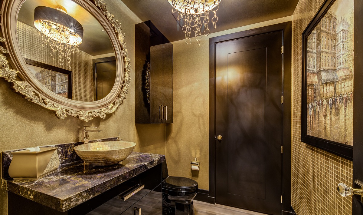Unit 1407 Panorama Towers | Powder Room